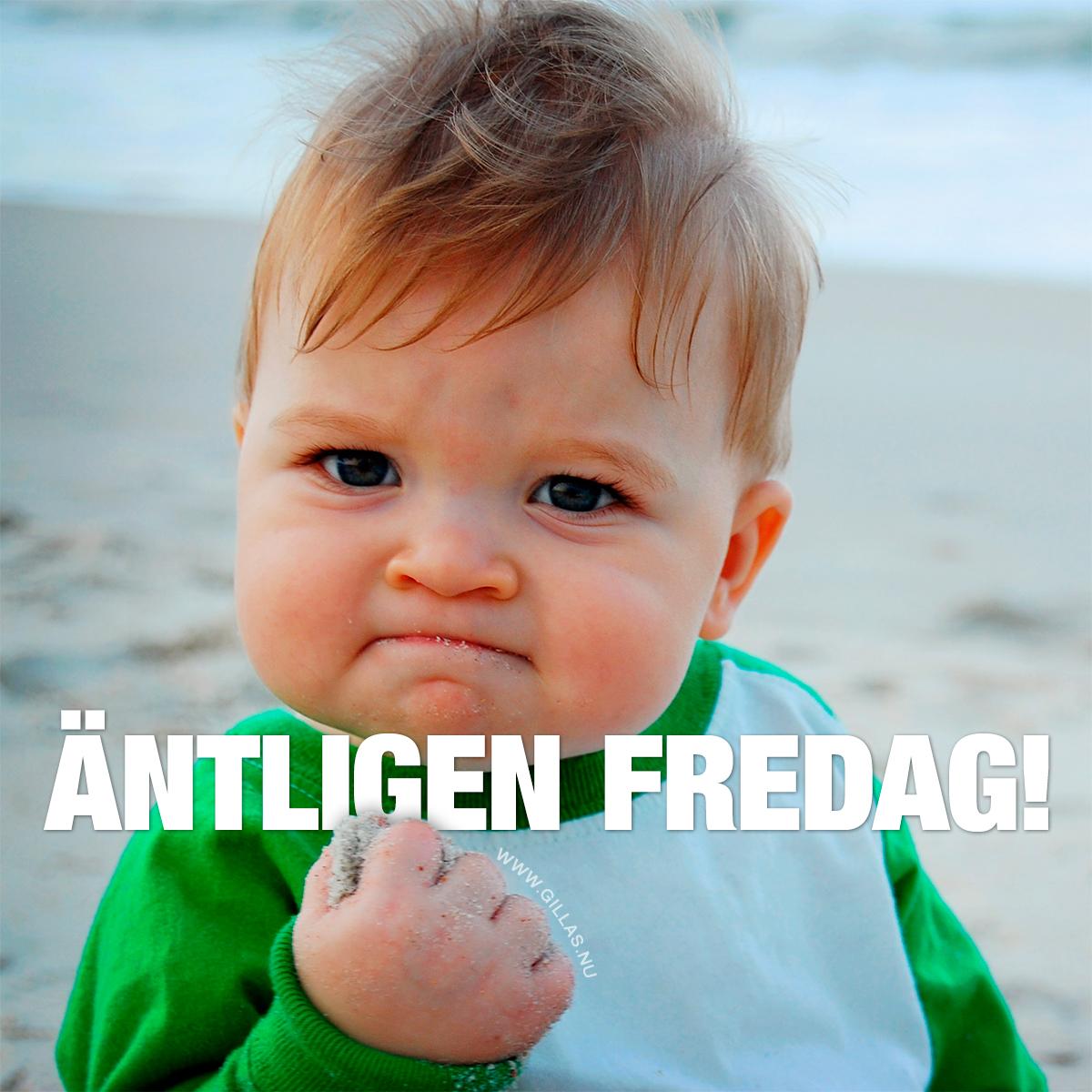 Gulligt barn knyter näven - Äntligen fredag!