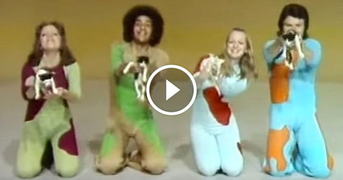 VIDEO: När kattmänniskor kommer hem