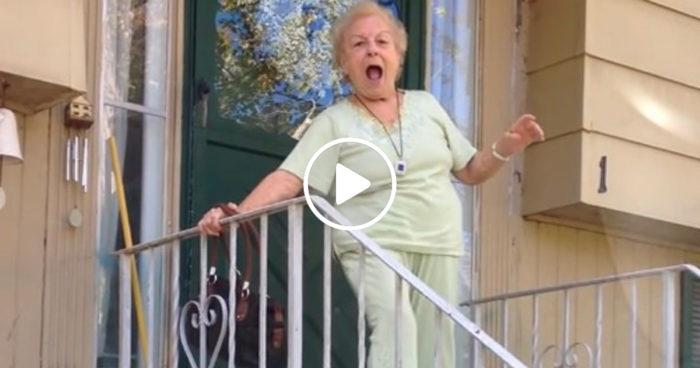 VIDEO: När man öppnar dörren och inser att det äntligen är vår