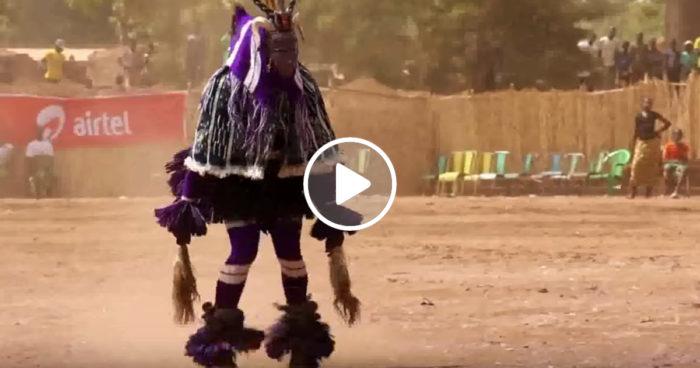 VIDEO: Den där störiga grannen som gör allt som du ber om – fast tvärtom!