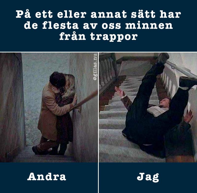 Par kysser varandra i trappa - Man ramlar i trappa