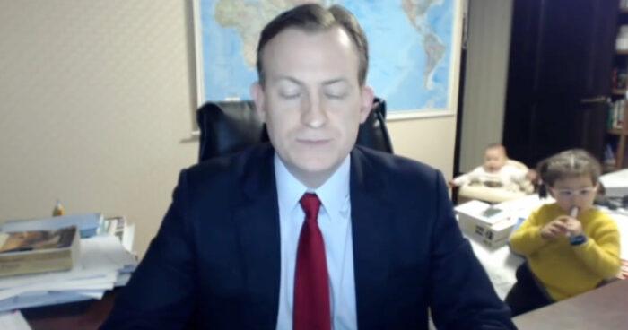 VIDEO: När man försöker arbeta hemifrån